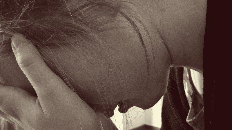 cum treci peste o despartire plângând
